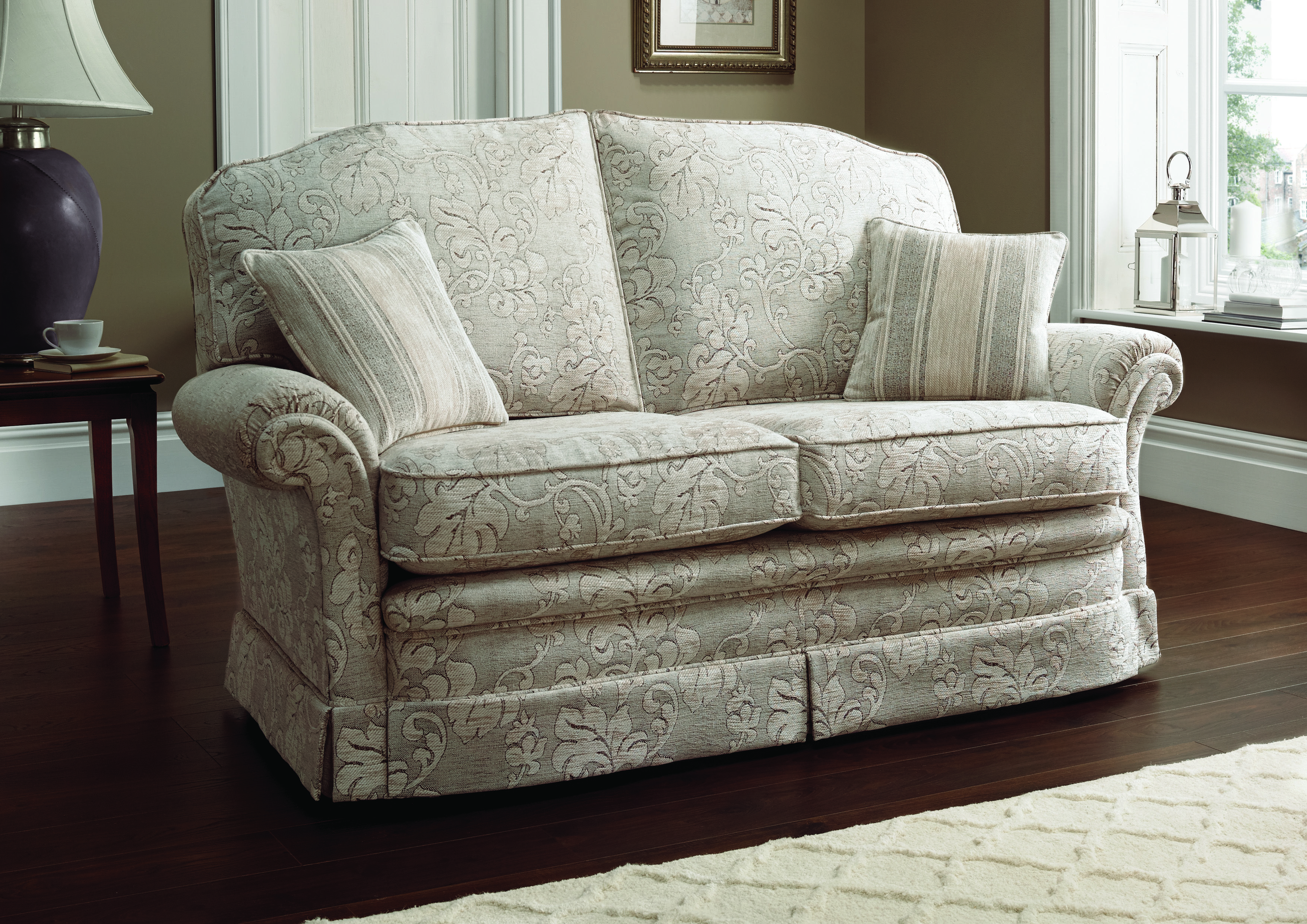 The Clic Blenheim Sofa Superbly Comfortable Beautiful And Durable English Furniture At Its
