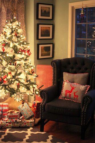 Linda Plaisted- A Christmas Advent @ Chez Muse