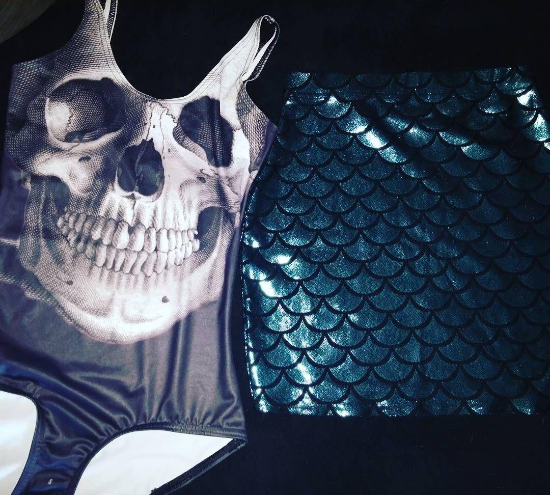 Mail day woot. Waiting for 2 more packages now  #blackmilkclothing #blackmilk #skirt #swimsuit #skull #onepiece #mermaid #fashiongram #fashion #style #stylegram #mailday #bodycon #igfashion #love #bmaddict #newstuff #bmmermaidskirt #blackskullswim