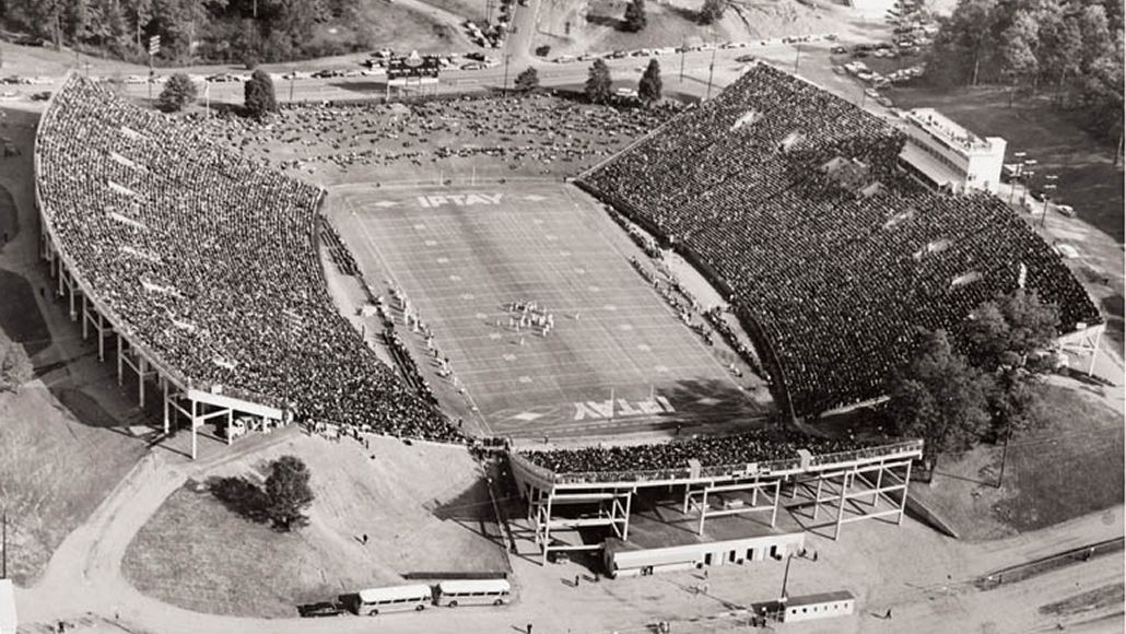 Clemson world magazine clemson memorial stadium