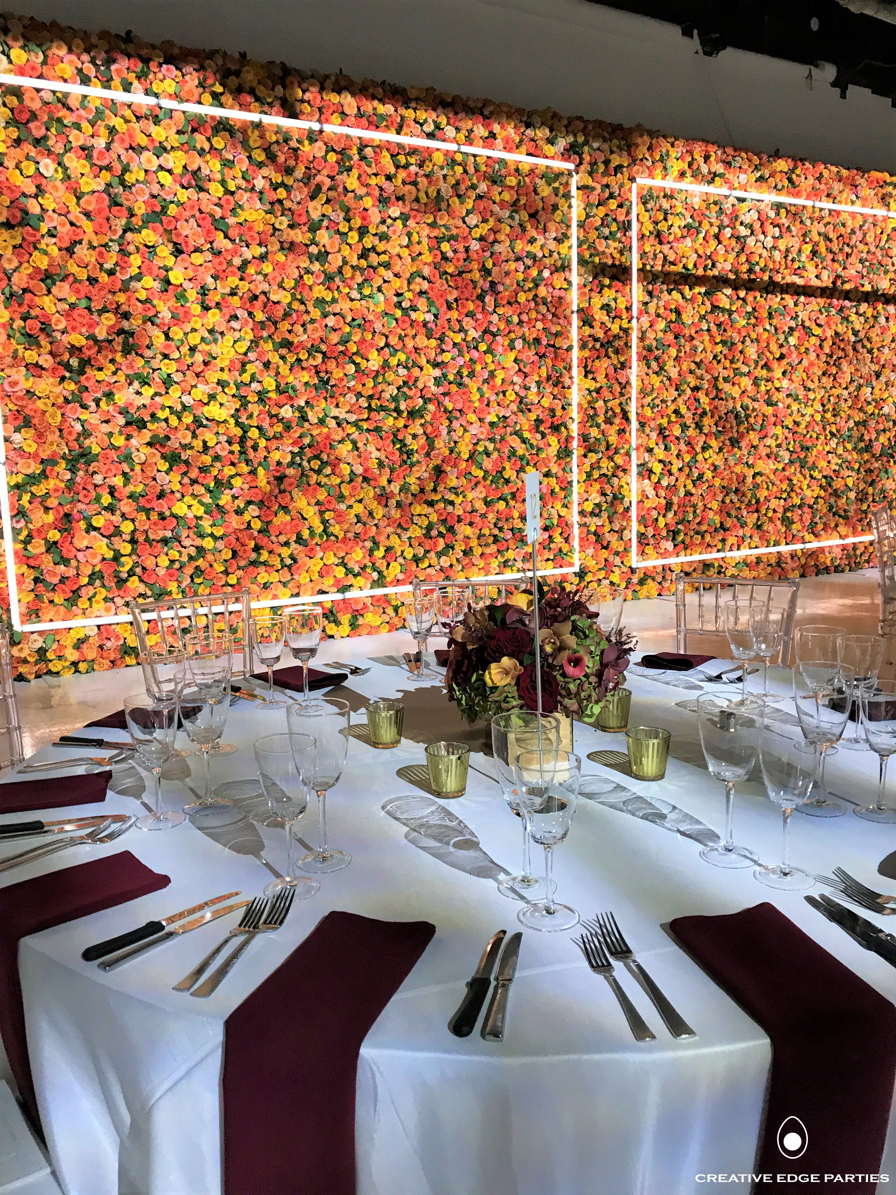 Seated Dinner With A Floral Wall Background Gala Eventinspo Floralgoals Yes Design Miami Wall Background Floral Wall Table Decorations