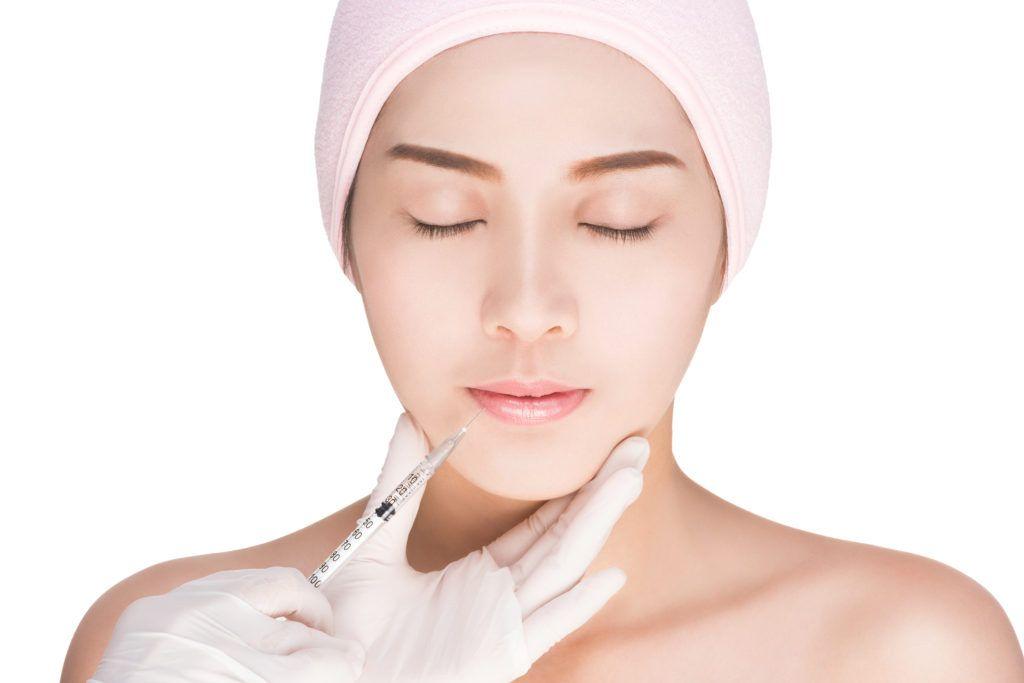 نفخ الخدود بالكولاجين حقن الفيلر للشفايف نصائح بعد حقن الفيلر ابر الكولاجين ابر البوتكس علاج تورم ا Anti Wrinkle Injections Face Fillers Forehead Wrinkles