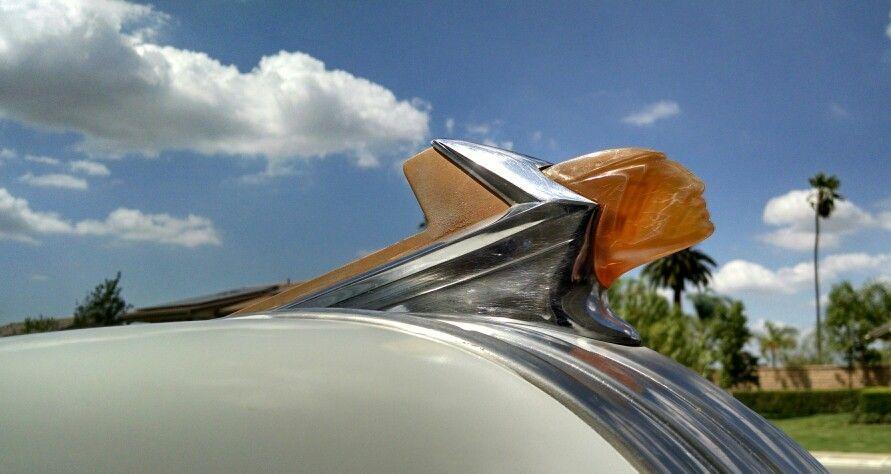 Hood ornament 1952 Pontiac chieftain
