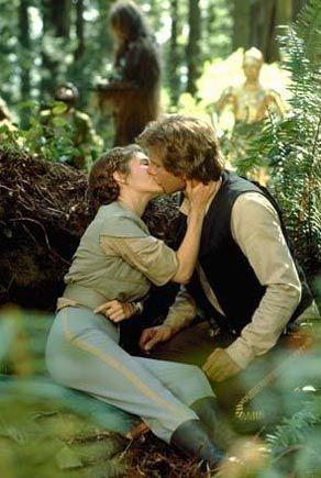 Han Leia Kiss Star Wars Princess Star Wars Princess Leia