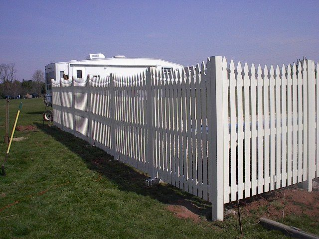PRIZM VINYL FENCES Style: Harrisburg Color: White Picket Top: French Gothic