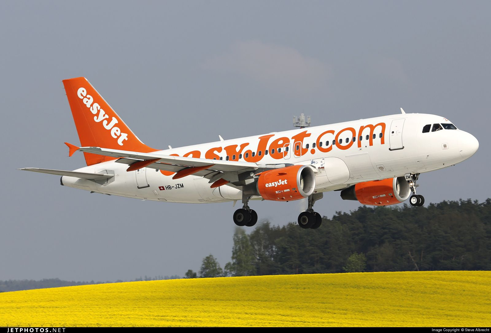 High quality photo of HB-JZM (CN: 2370) easyJet Switzerland Airbus A319-111 by Steve Albrecht
