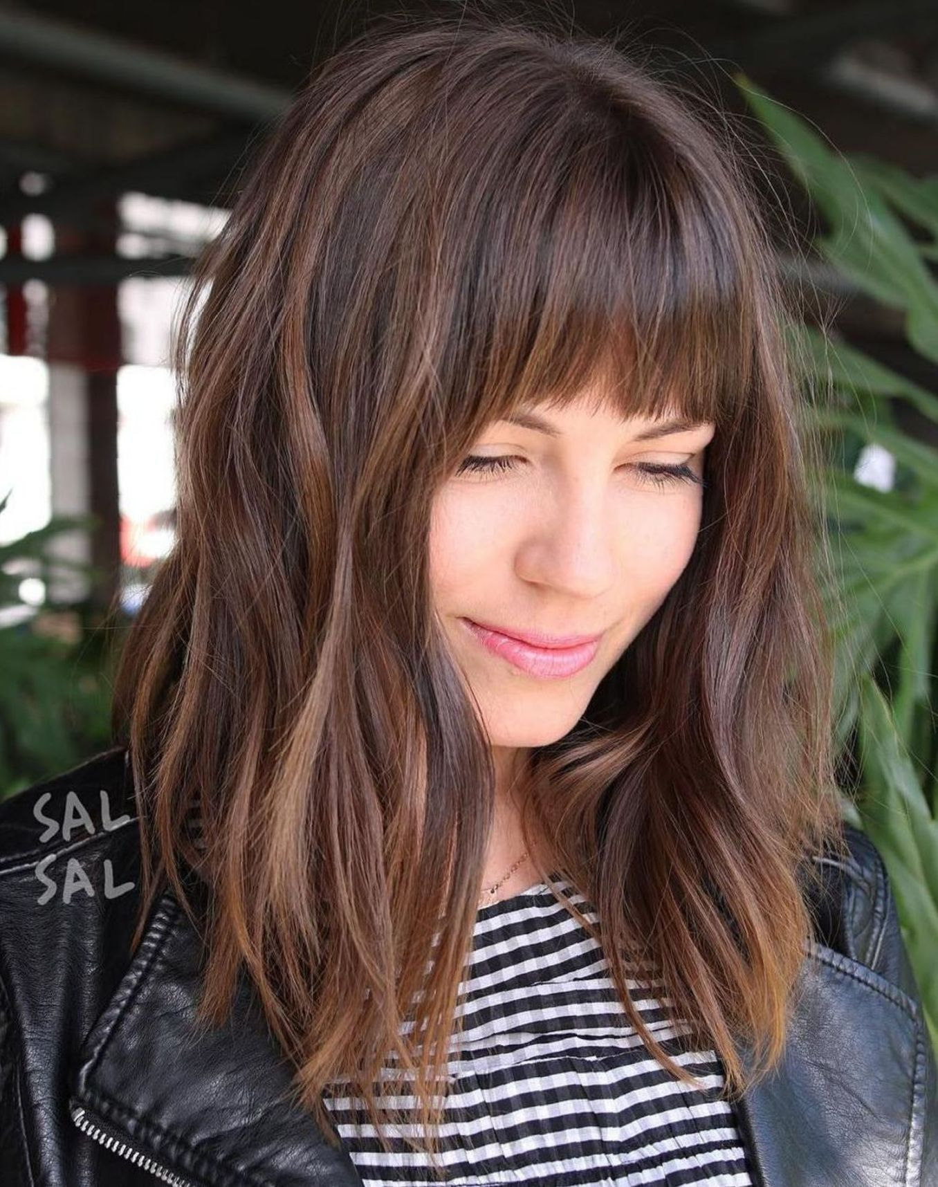 60 Fun And Flattering Medium Hairstyles For Women In 2019 Hair