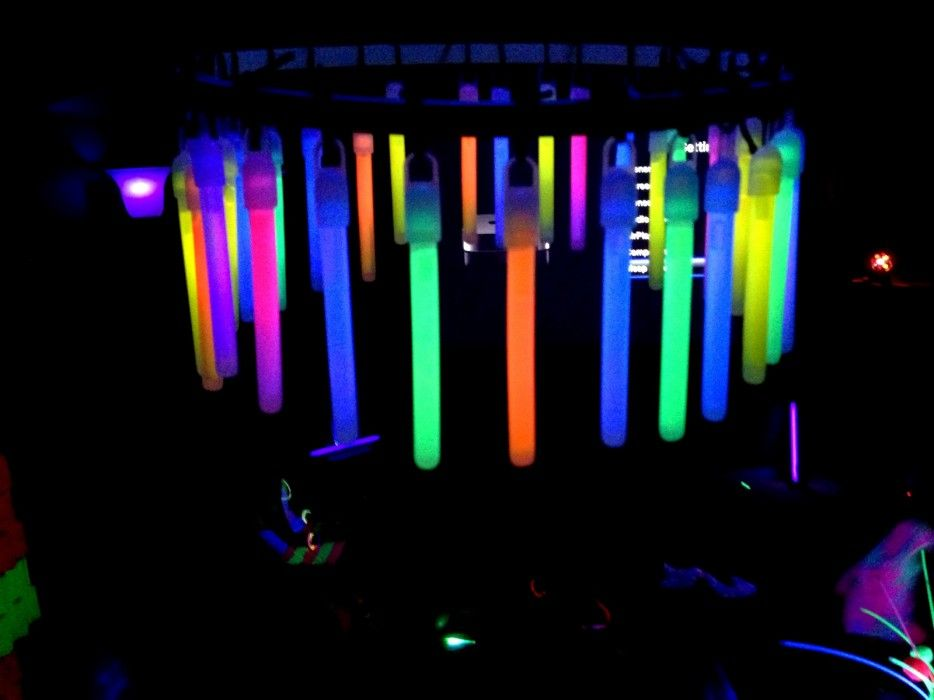 25 Magnificent Chandeliers Made Out Of Crazy Things Glow Stick Party Glow Party Glow Sticks