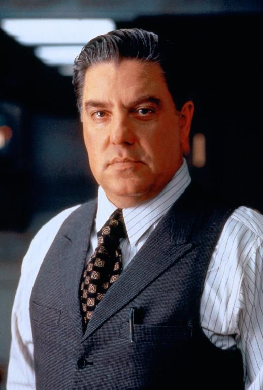 bruce mcgill speaks spanish