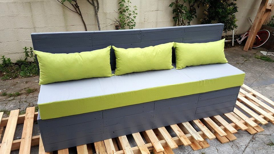 upcycled-wooden-pallet-outdoor-seat.jpg (960×540)