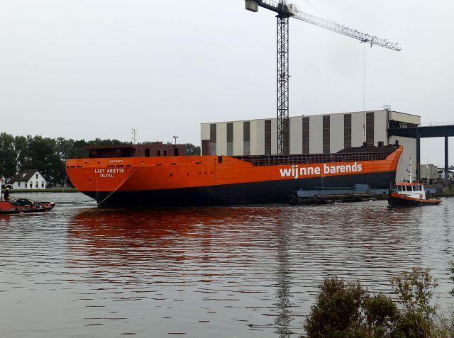 Stapelloop zeeschip  14 oktober 2015 bij Groningen Shipyards LADY ARIETTE  http://koopvaardij.blogspot.nl/2015/10/stapelloop_14.html