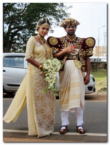 Sri lankan traditional dress images