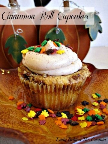 Lady Behind The Curtain - Cinnamon Roll Cupcakes