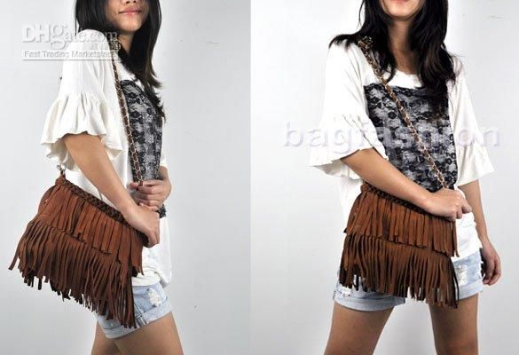 Love the smaller size of this fringe shoulder bag.