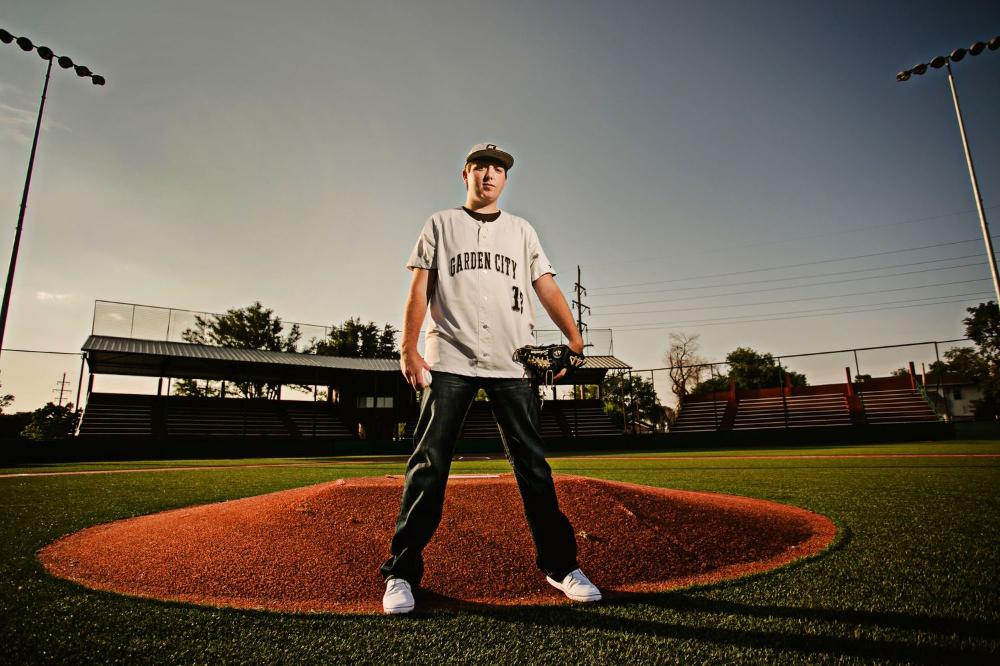 Senior Boy Baseball In 2020 Senior Sports Photography Sports Photography Photography