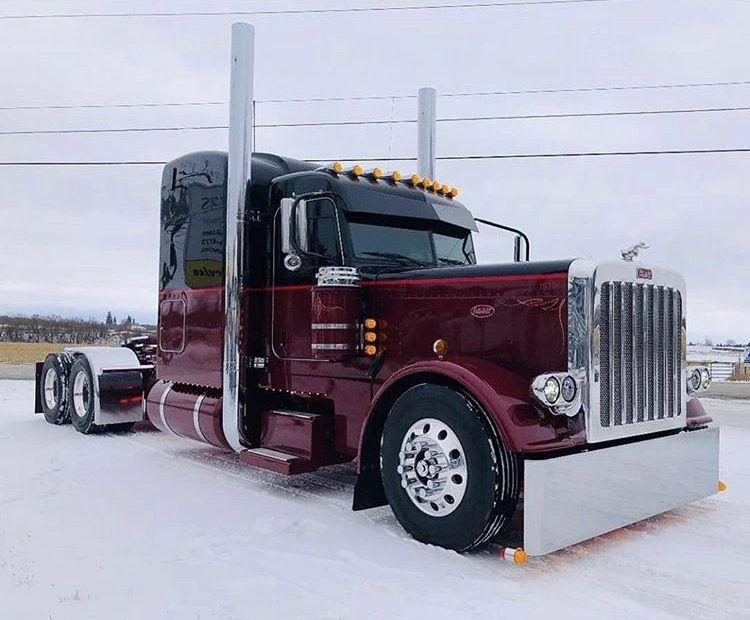 Pin By Dylanemcginnis On Peterbilt Petercars Trucks Big Trucks Peterbilt Trucks