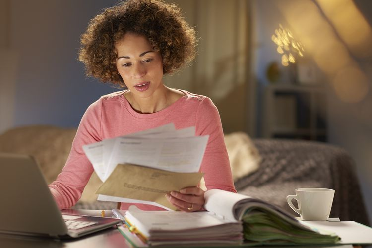 How do you remove debt collections from your credit report