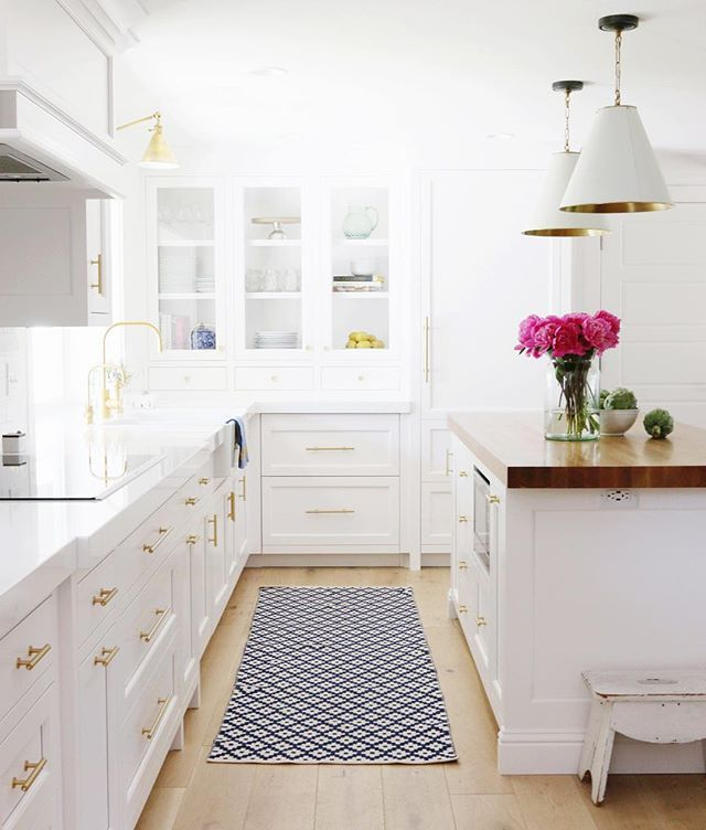 Simple White Kitchen Cabinets: Modern Farmhouse White Kitchen. White Kitchen. Thick