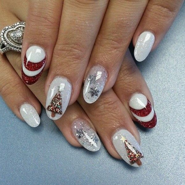 Christmas Nails Gel.Almond Shaped Gel Nails For Christmas Nails Christmas