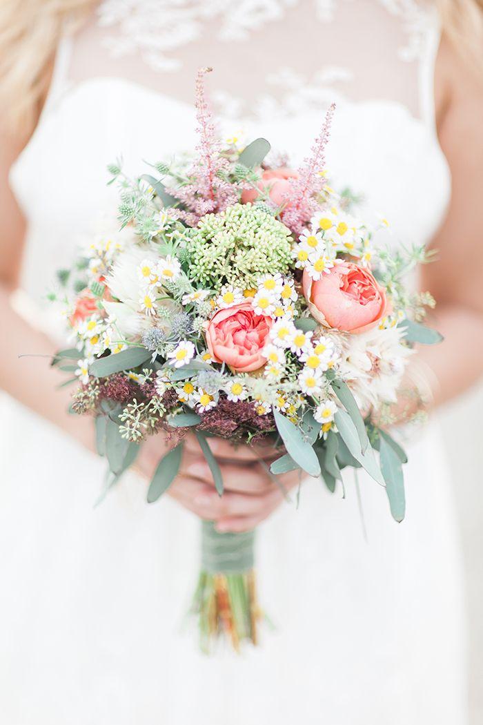 Luftig Leichte Brautkleid Inspiration Hochzeitsstrauss