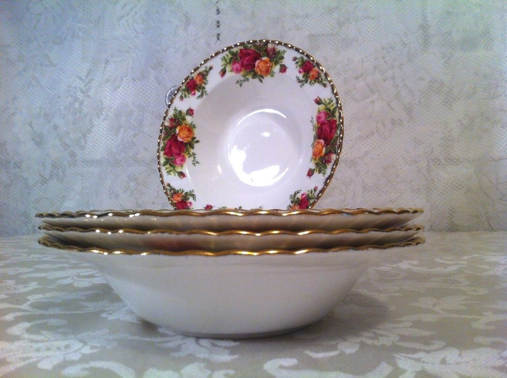 Set of 4 Old Country Roses Rim Soup Bowl 8\