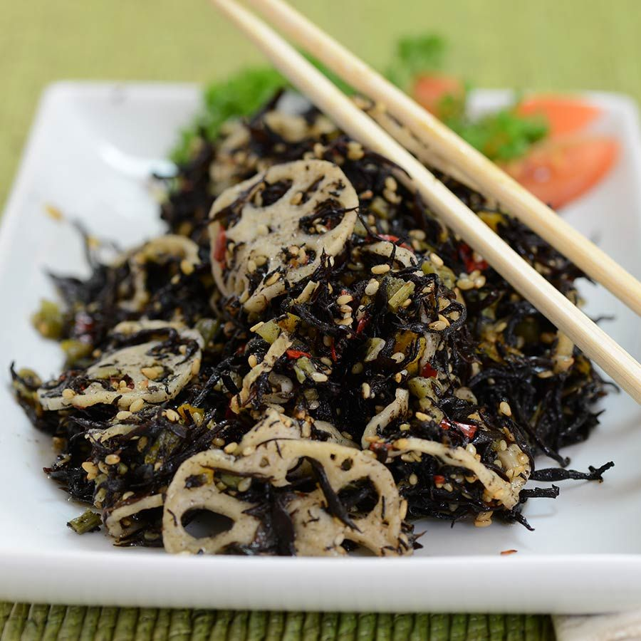 If you're looking for an exotic salad that's delicious as well as healthy, and are tired of all the usual grocery store options, then say hello toHijiki No Nimomo, or Hijiki Salad. Hijiki here refers to deliciously crisp wisps of black, salty
