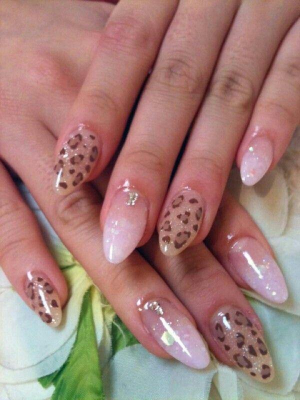 nude glitter leopard nails