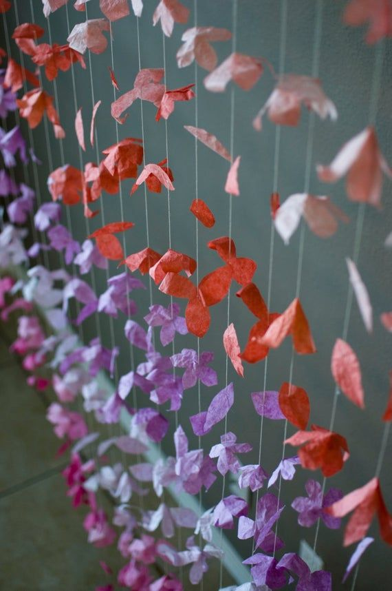 Paper Flower Garland: Coral, Lilac and Hot Pink #paperflowergarlands