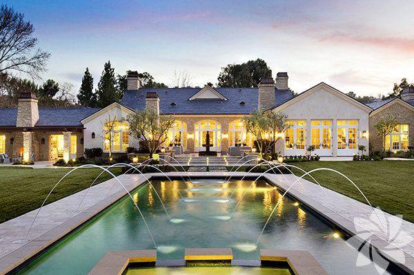 Kim Kardashian Ile Kanye West In Muhtesem Evi Villa Mimari Modern Mimari
