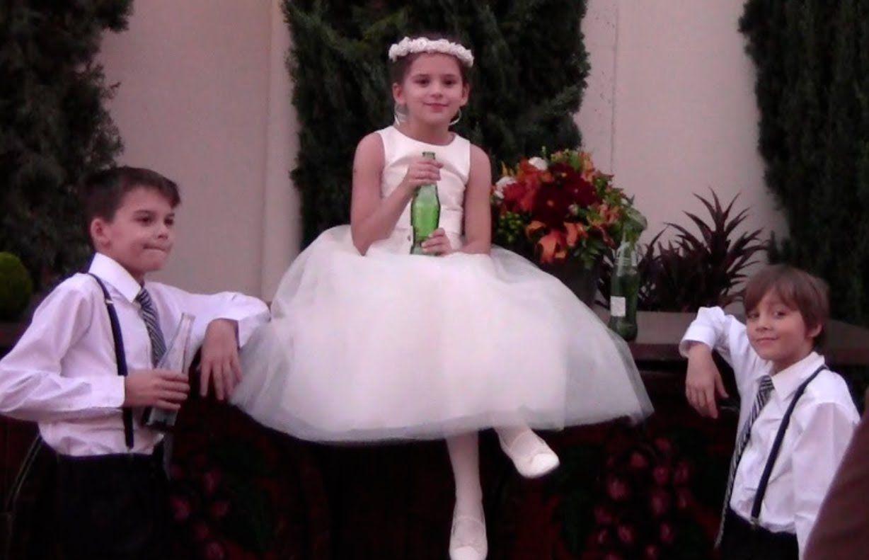 A Flower Girl and Two RingBearers | KITTIESMAMA | videos | Pinterest