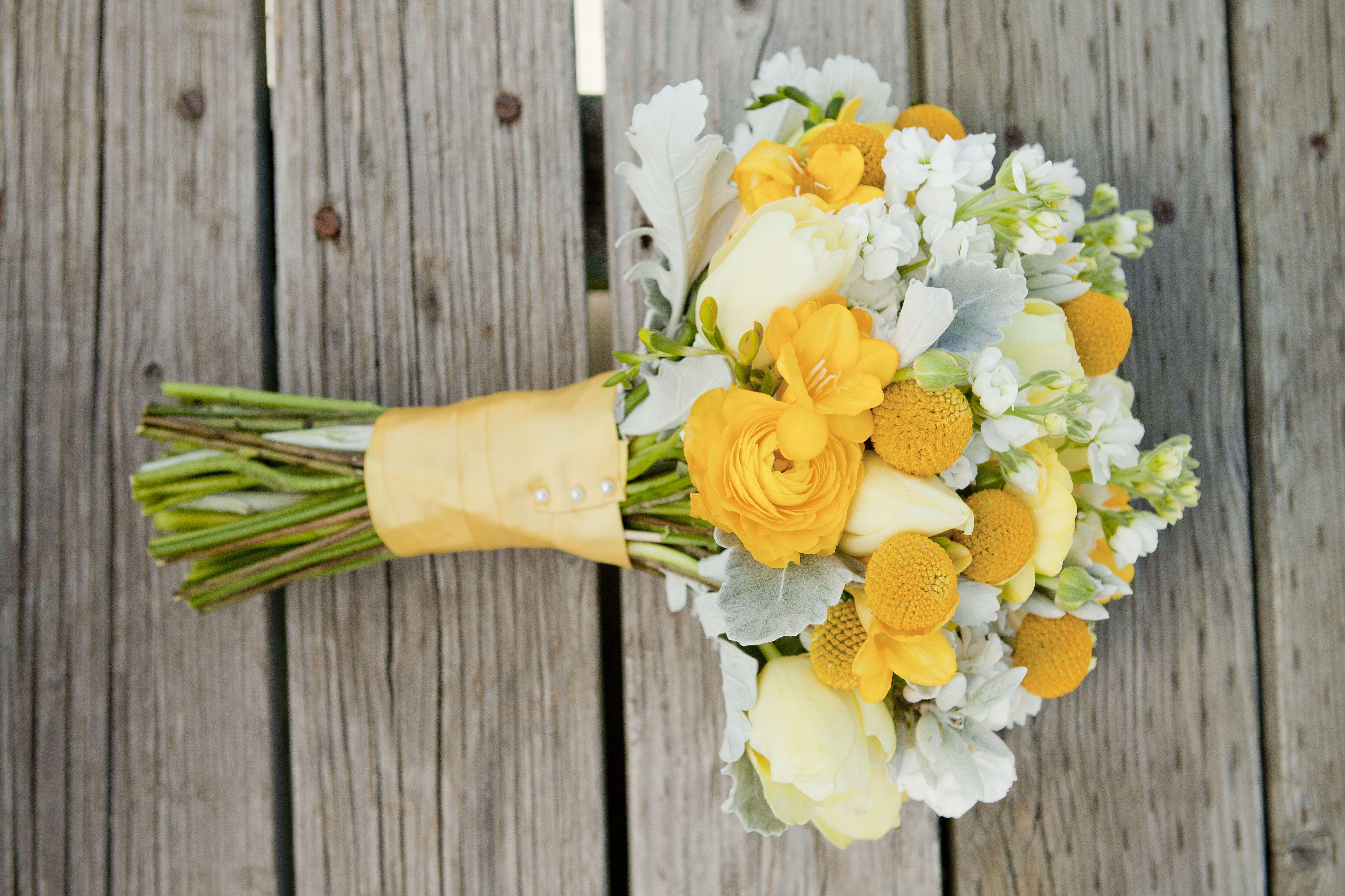 Utah Wedding Florist Calie Rose Yellow Billy Ball