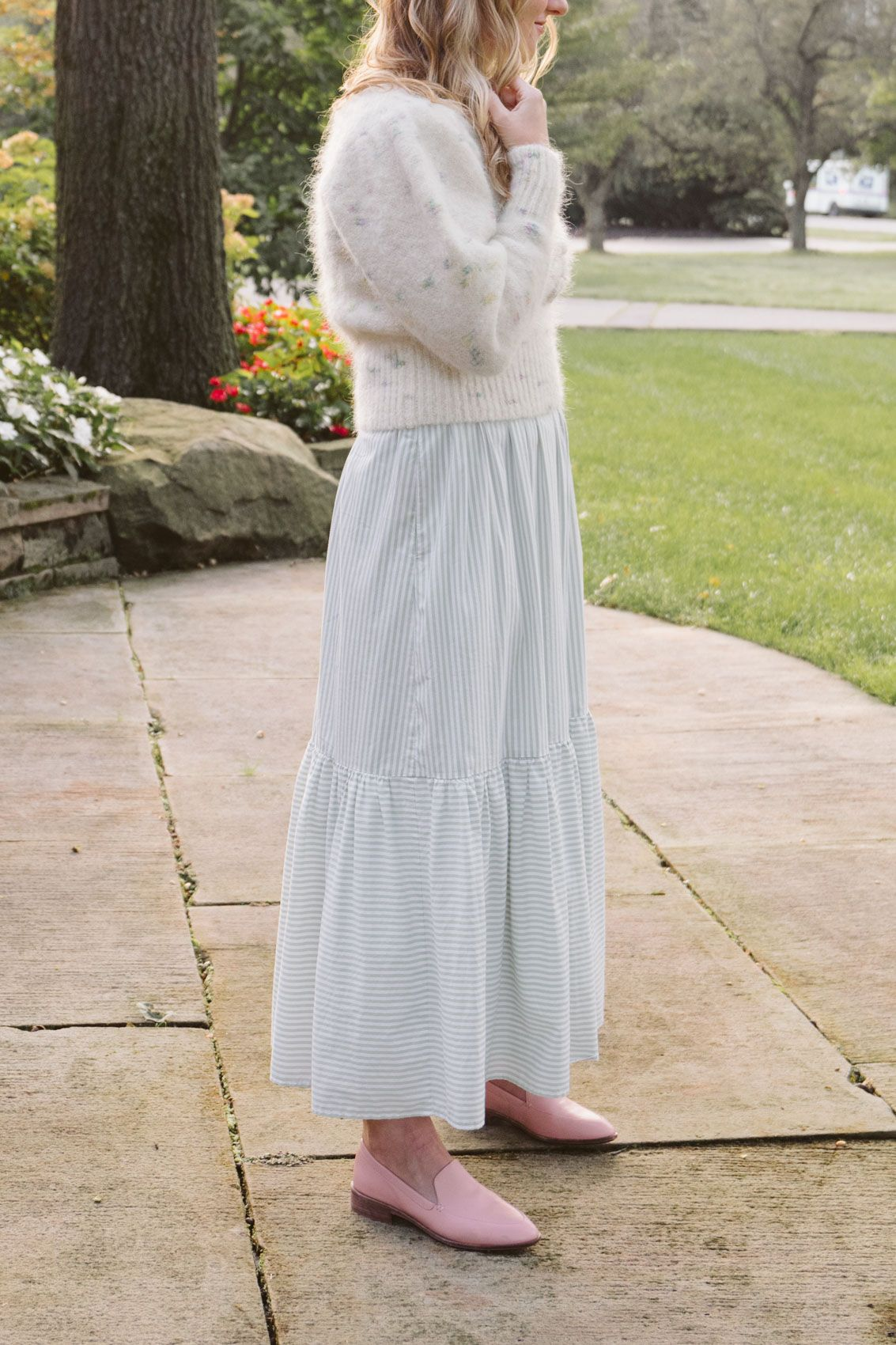Sweater Over Dress Outfit How To The Gem Fall Dress Outfit Maxi Dresses Fall Sweater Over Dress [ 1700 x 1133 Pixel ]