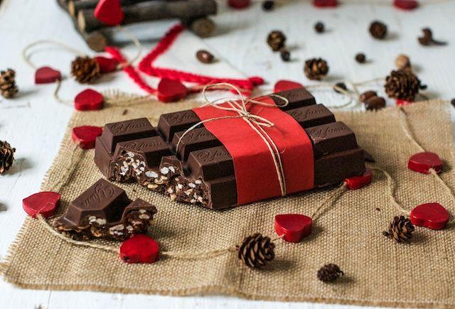Turrón de chocolate crujiente con nutella | El turrón de Suchard es el favorito de mi hijo, o bueno…era hasta que hice este turrón de chocolate crujiente