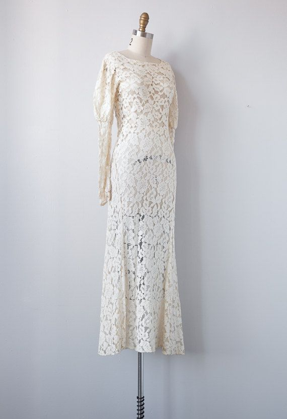 1930s wedding dress / vintage 1930s lace gown / vintage wedding gown ...