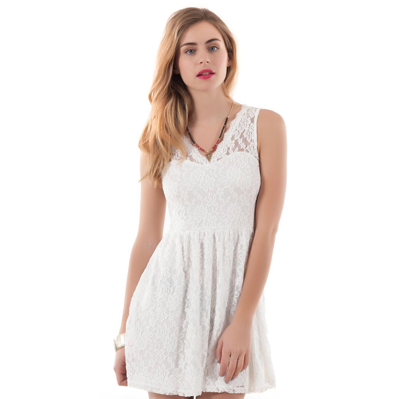 Robe blanche dentelle mim