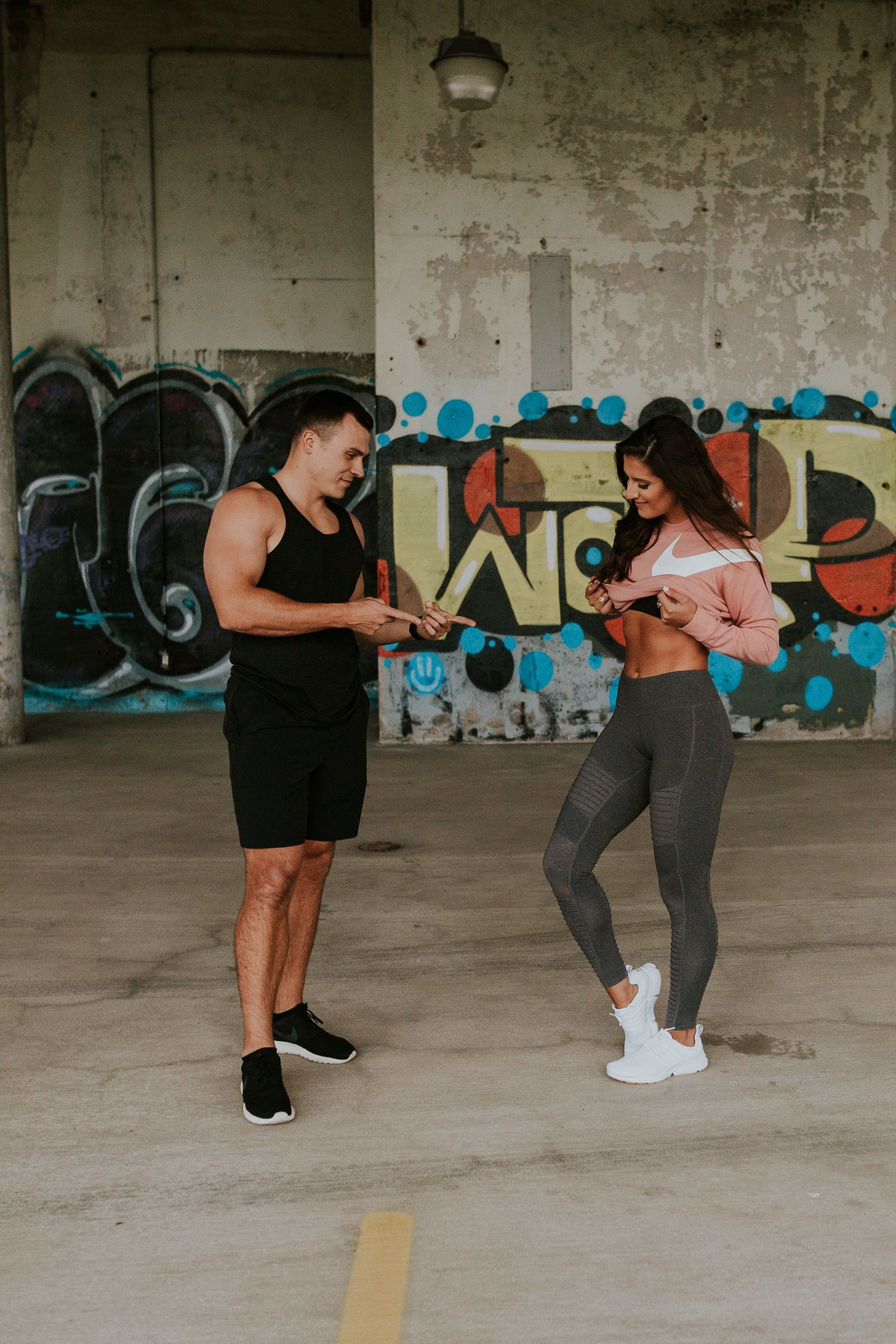 1fbc330f896 nike crop sweatshirt, alo leggings, athleisure, couples style, fit couples, weekly  workout routine // grace wainwright @asoutherndrawl