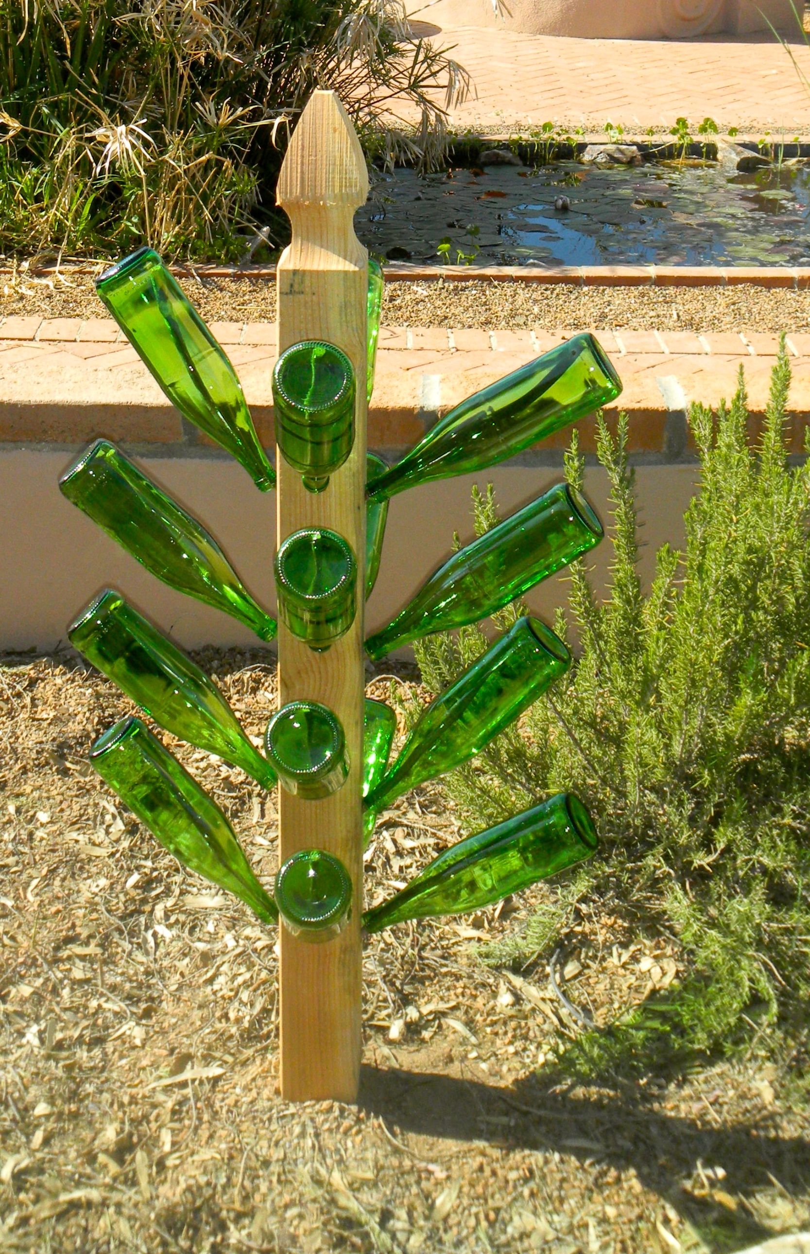 Bottle Tree In My Backyard With Images Wine Bottle Trees