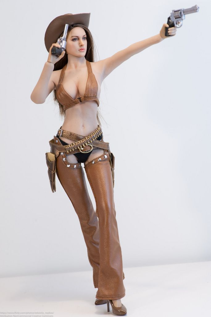 Hot naked girls with pejis, naked wonmen