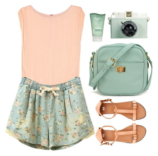 """Walk In The Park"" by sweetpastelady ❤ liked on Polyvore featuring Alice + Olivia, H2O+, H&M, Forever 21, peach, pastel, mint, Floralshorts and floralprints"