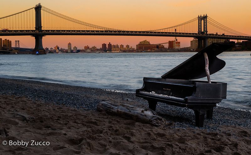 Piano @ East River NYC #nyc