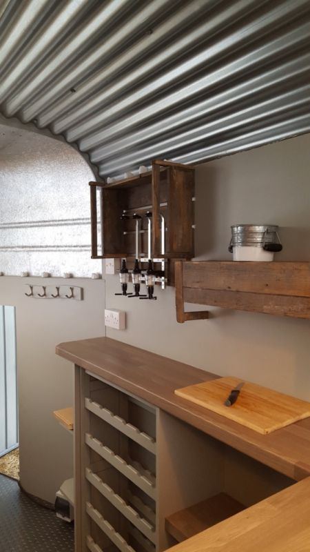 Catering trailer / mobile bar - converted rice horse trailer ...