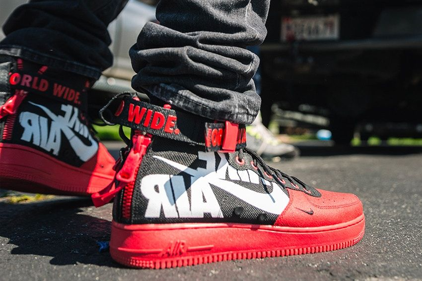the latest 7edb6 3bfe6 mid red python skin air force 1