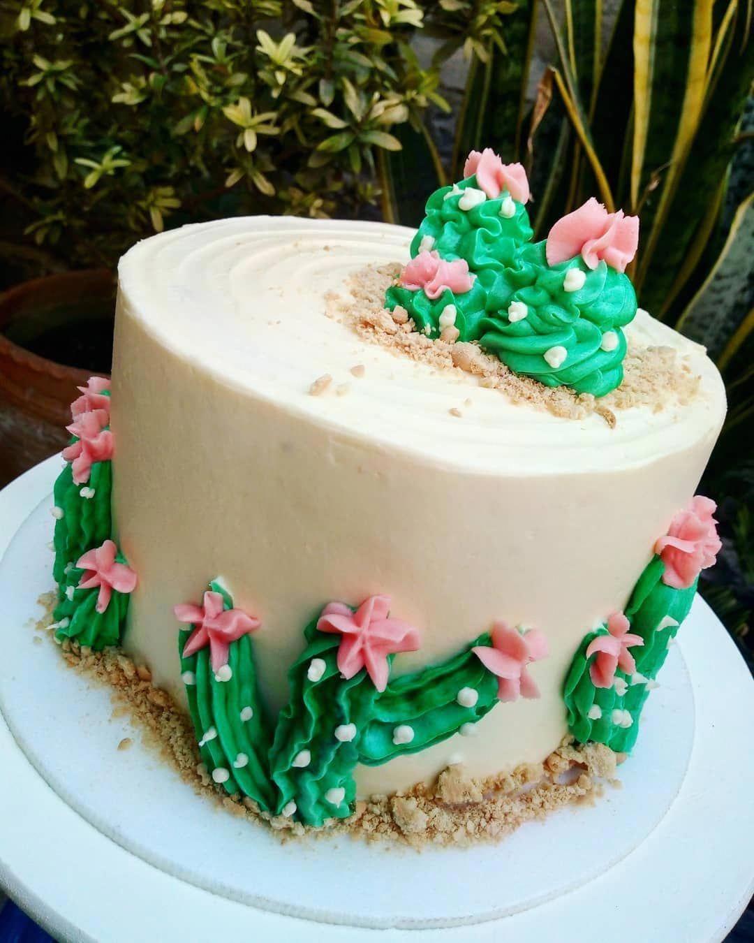 ⭐Torta de cactus ⭐ ������Cotiza con nosotros . . . #torta #cake #tortadecactus #cactus #cactuscake #cakecactus #suculentas #tortadesuculentas…