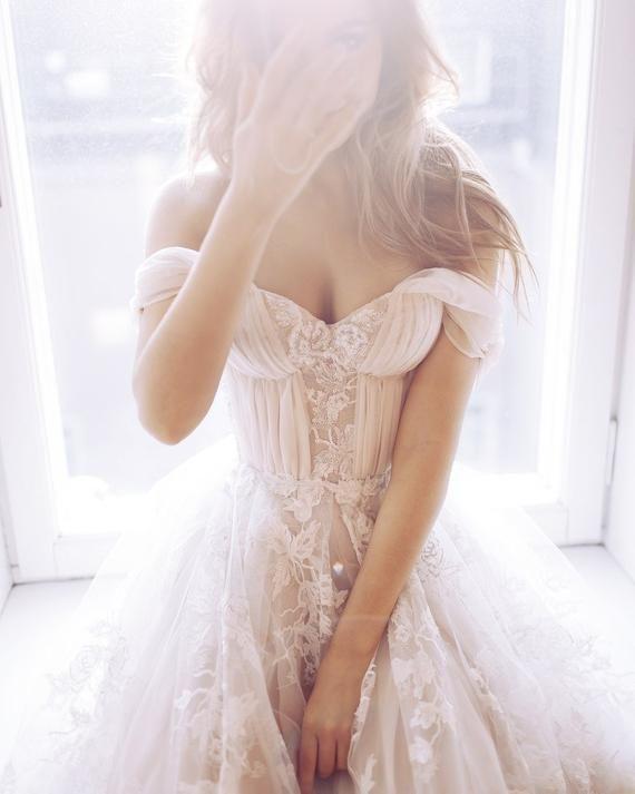 Hochzeitskleid Blush Nude Beige Pfirsich Sexy Brautkleid Schulterfrei Brautkleid…