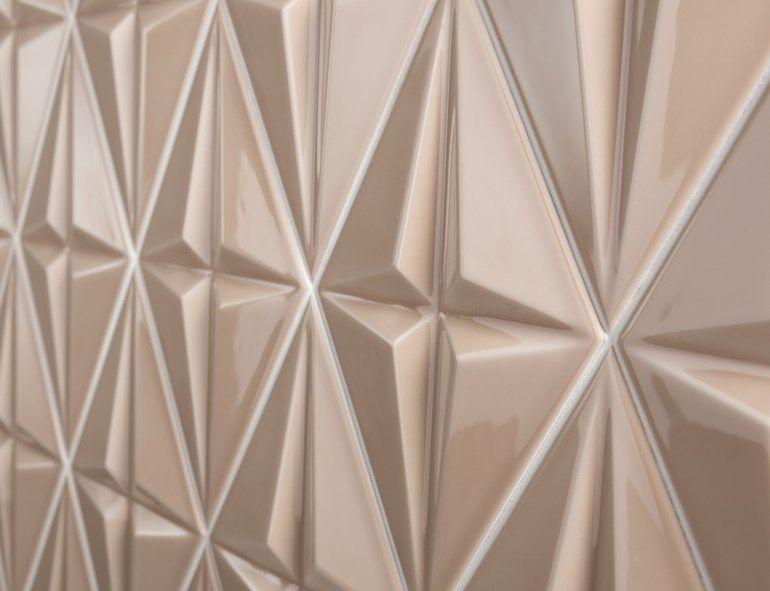 Piastrelle con superficie tridimensionale in ceramica bicottura