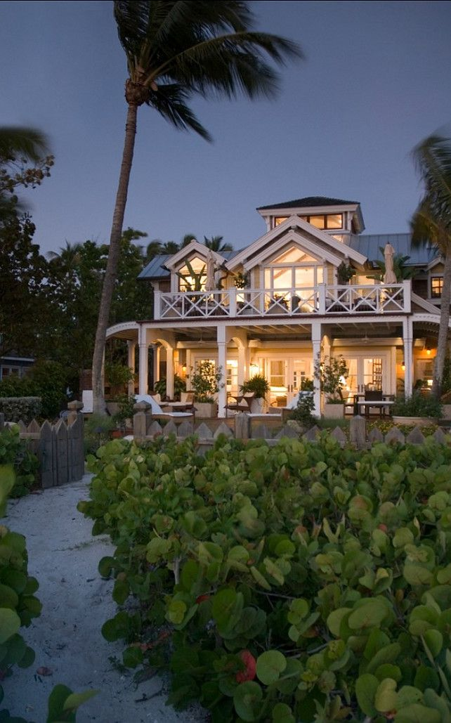 Dream Beach Cottage With Neutral Coastal Decor: An Interior Design & Luxury