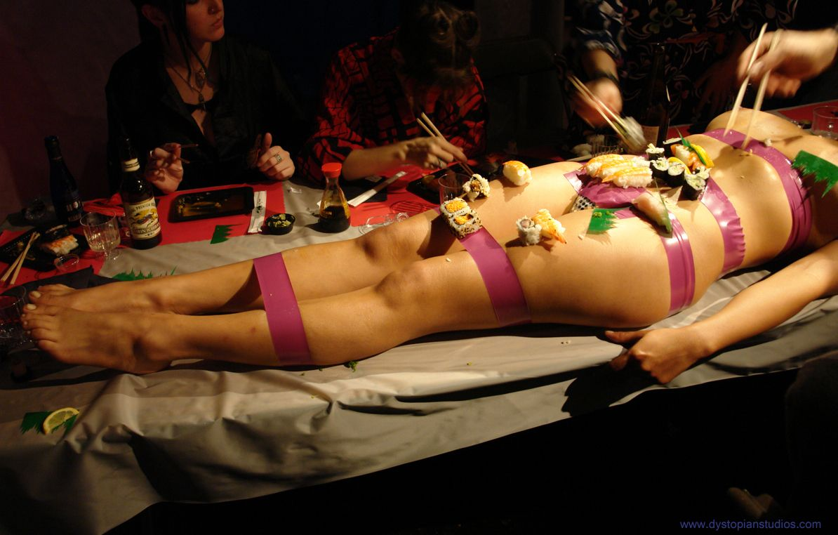 Nyotaimori  Cocktails For Parties, Sushi Time, Sushi-8459