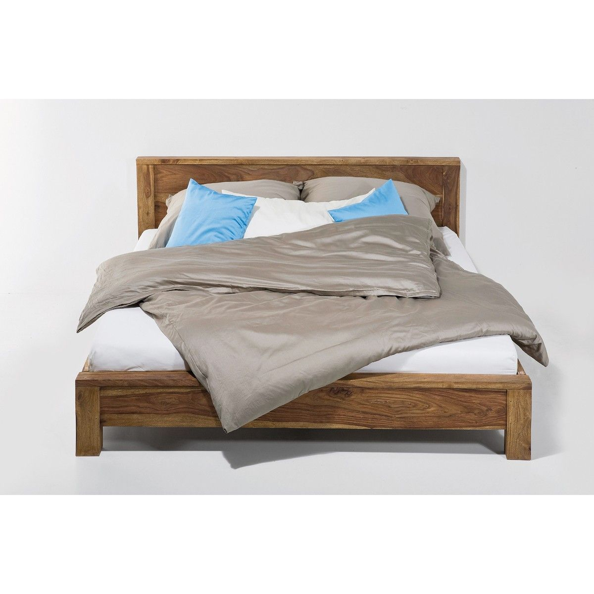 Hübsches Bett | Bed & Wood | Pinterest | Bett, Hübsch und Wohnbereich