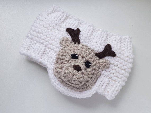 Knit Earwarmer, Christmas Outfit, Reindeer Hat, Knit Headband, Messy Bun Hat, Girls Accessories, Winter Outfit, Kids Outfit, Toddler Outfit #kidsmessyhats Punto Earwarmer traje de Navidad sombrero de Reno diadema | Etsy #kidsmessyhats