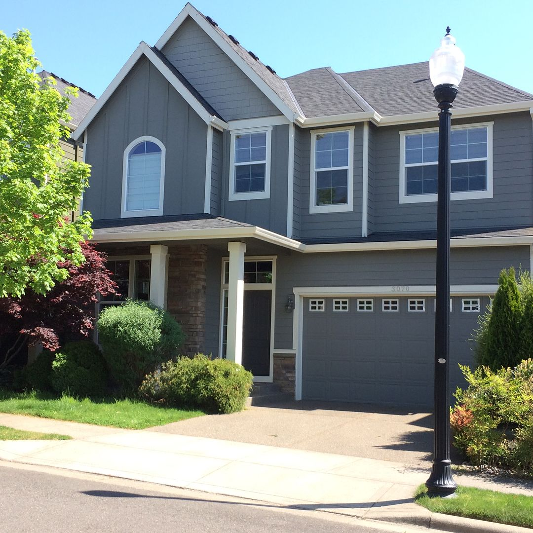 Benjamin Moore Chelsea Gray Paint Color Schemes Grey Exterior House Colors Grey House Paint Gray House Exterior